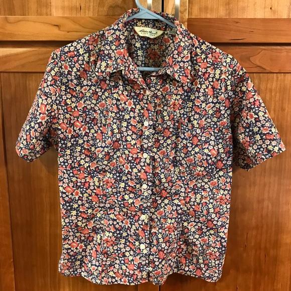 66f58a101668b4 Vintage Eddie Bauer 90s floral shirt sleeve shirt. Eddie Bauer.  M_5c3ab9652e1478893af357d1. M_5c3ab96c03087cb9d1d97d3d.  M_5c3ab972aa5719444725c709